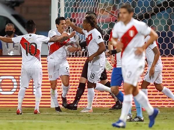 Bóng đá quốc tế sáng 3/7: Peru vào bán kết Copa America 2021